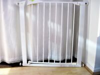 Mothercare gate adjustable to fit most door openings, as new condition