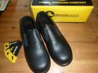 Ladies steel toe cap shoes (New) size uk 6 (39)