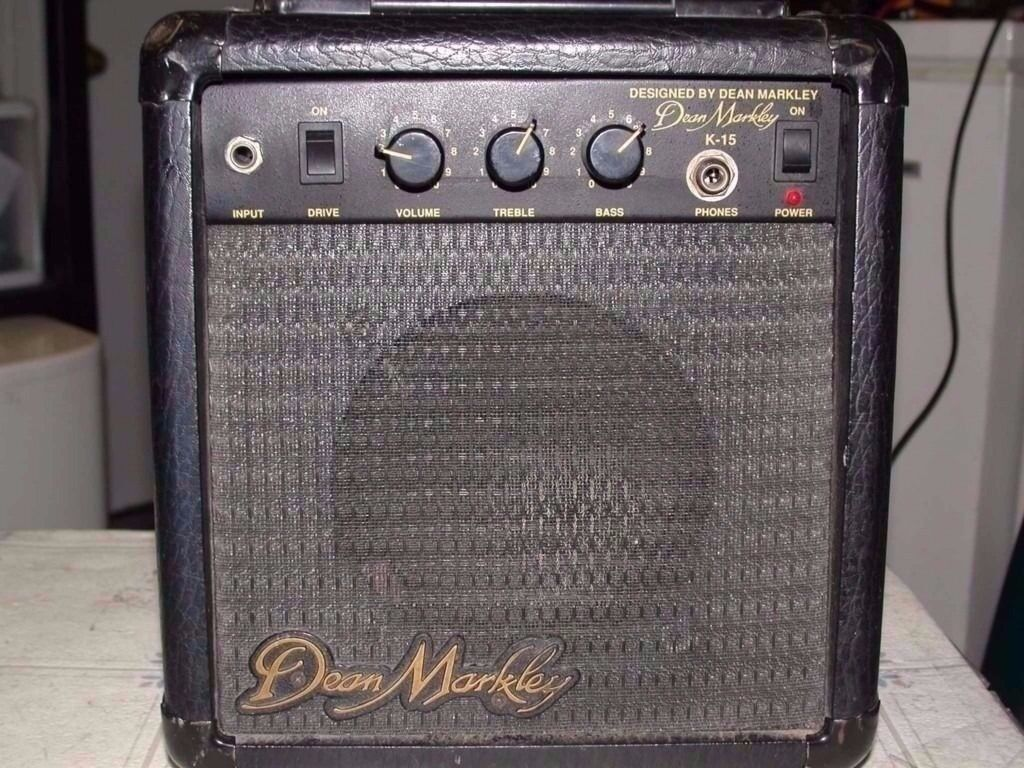 Dean Markley K-15 Guitar Amp 30W classic rehearsal warmup busking practice home compact intimate gig