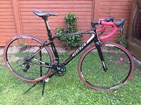 Giant Defy 2 Carbon Road bike - Black, Small, SRAM.