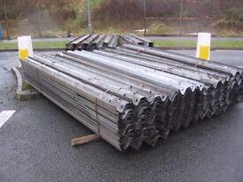 1 no used / reclaimed ex motorway crash barrier 3.5m long