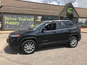 2017 Jeep Cherokee Limited / 4X4 / LEATHER / SUNROOF