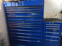 Snap on tool box with side cab