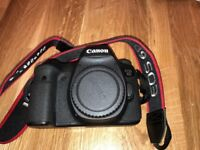 Canon 6D 20.2MP Full Frame DSLR Camera with original box and accessories