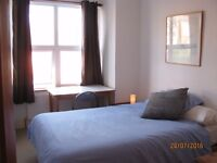 Double room to let for 4 weeks minimum available 31/07