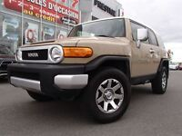 2014 Toyota FJ Cruiser 4WD+Back up camer Warranty Balance + Blue