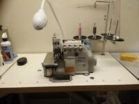 Industrial Jack overlock 4 threads sewing machine, excellent condition