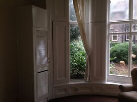 Perfectly located ground floor 1 bed flat, 3 minutes walk from Lark Lane and Sefton Park £435pcm