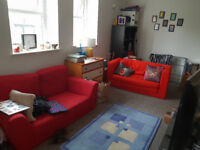 2 bed flat to rent in Withington