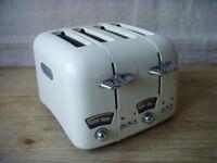 Delonghi Vintage Cream 4 Slice Retro Toaster