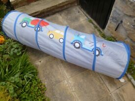 Childrens PLAY TUNNEL Concertina type folds flat. Has Car design