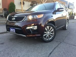 2013 Kia Sorento SX / A/W/D / NAVIGATION / LEATHER / PANO ROOF/