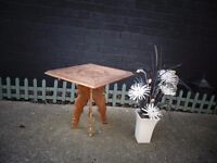 EGYPTIAN SOLID WOOD SIDE TABLE BEAUTIFUL ENGRAVING DETAILS IN EXCELLENT CONDITION £20