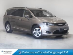 2017 Chrysler Pacifica Touring-L Plus * Nav * Leather