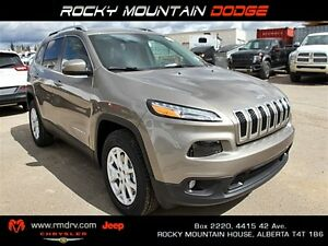 2016 Jeep Cherokee North 4x4 / Back Up Camera / Leather