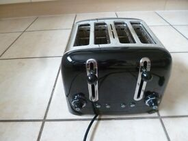 Dualit 4 Slot Toaster in Black Finish, retro style, vgc