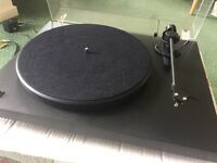 Pro-Ject Debut II Record Deck