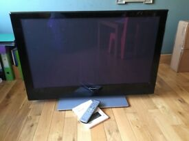 Pioneer Plasma 42inch TV- perfect working condition, instructions and remote