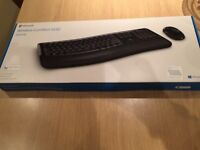 BRAND NEW SEALED microsoft 5050 wireless Bluetooth comfort desktop keyboard and mouse. CAN DELIVER