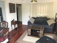 1 double bedroom flat with patio, 10 min to Camden Town tube station - 5 min to Camden Rd Overground