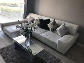 BARGAIN! Luxury Corner Sofa - £2500 RRP