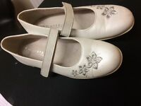 Girls White leather Communion Shoes size 2