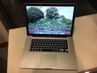 MacBook Pro 15.4 inch core i7 2.0 ghz (early 2011)