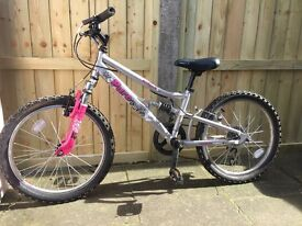 Girls bike 6 years and older in good condition