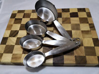 Set of Stainless Measuring Cups