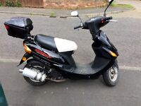 Direct Bikes 50cc Black Scooter less than 1 yr old