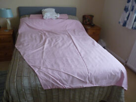 Jonic Shaped Caravan bedding.