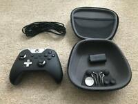Xbox One Elite Controller + Official Battery Pack