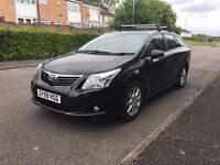 TOYOTA AVENSIS ESTATE TR D-4D (NEW SHAPE) 1 PRIVATE OWNER FROM NEW SUPERB FULLY LOADED SAT NAV E,T,C