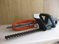 Black & Decker Electric Hedgetrimmer GT220