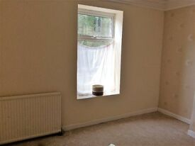 Large ground floor 1 bedroom flat to let close to local amenities and good transport links