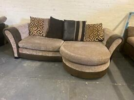 VERY COMFY AND STYLISH DFS SOFA LOUNGER