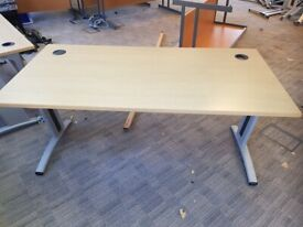 Natural beech-wood single office table/desk with 2 cable management ports