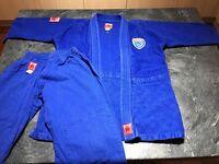 Blitz Kids blue judo suit size 150 (4'9 - 5'0) aged 9-10