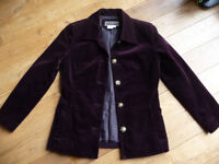 Chic and trendy women's spring/summer jacket.