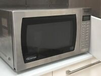 900w Microwave oven.