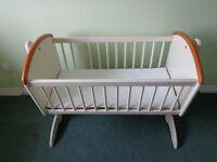Toys R US Cream Swinging Crib with Mattress - Collect Newport/Shropshire