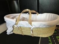 Mama's & Papas Moses Basket and stand