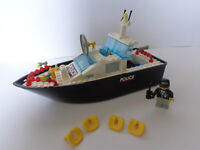Vintage / Retro Lego police boat - with minifig and accessories - Bargain
