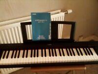 Yamaha NP11 piano keyboard piaggero
