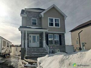 319 000$ - Maison 2 étages à vendre à St-Amable