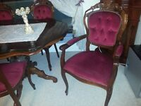 lovely italian dining table and 6 chairs with matching coffee table. excellent condition.
