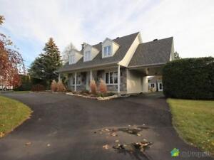 409 000$ - Maison 2 étages à vendre à Mont-St-Hilaire