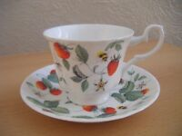 Roy Kirkham cups and saucers - Alpine Strawberry