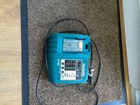 Makita 18v / 14.4v musical rapid charger . Excellent condition