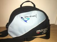 Mares scuba/regulator bag She Dives